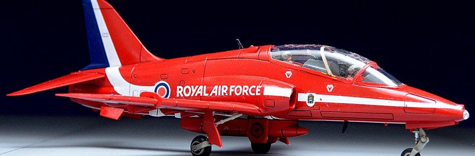 Airfix 1/72 Hawk Red Arrows