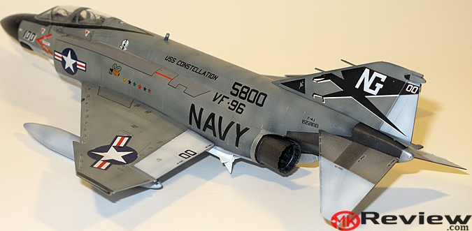 Built 1/72 Academy F-4J Phantom II